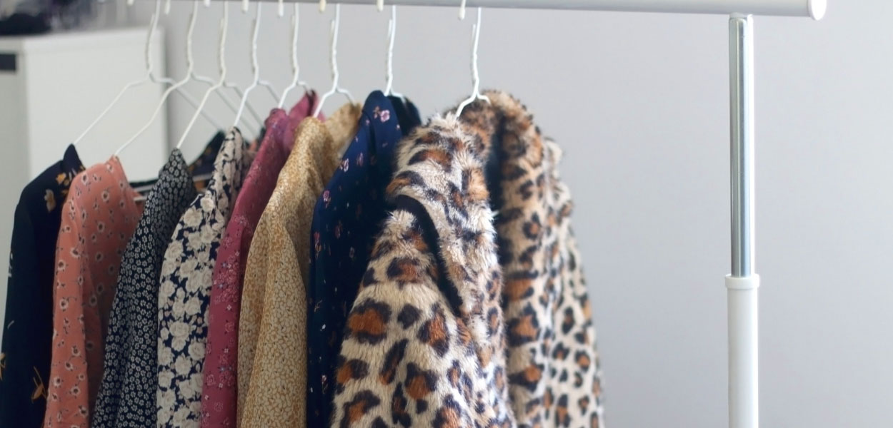 How To Start A Capsule Wardrobe - A Guide for Beginners